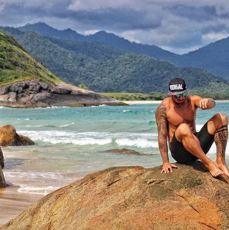 Boné Vidigal QQY Boné masculino aba reta snapback em homenagem ao Morro do Vidigal.