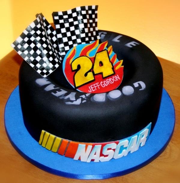 NASCAR Jeff Gordon tire cake!