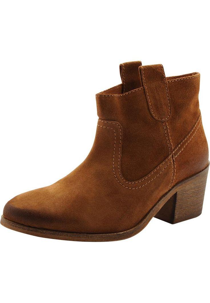 Kule boots til sommerens søte kjoler