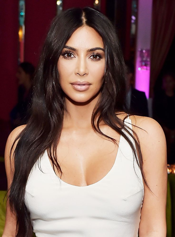 You won't believe what beauty requirement is in Kim Kardashian's will #KimKardashian #beauty #middlepart #hair