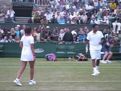 Sania Mirza & Mahesh Bhupathi Wimbledon 2009 - YouTube