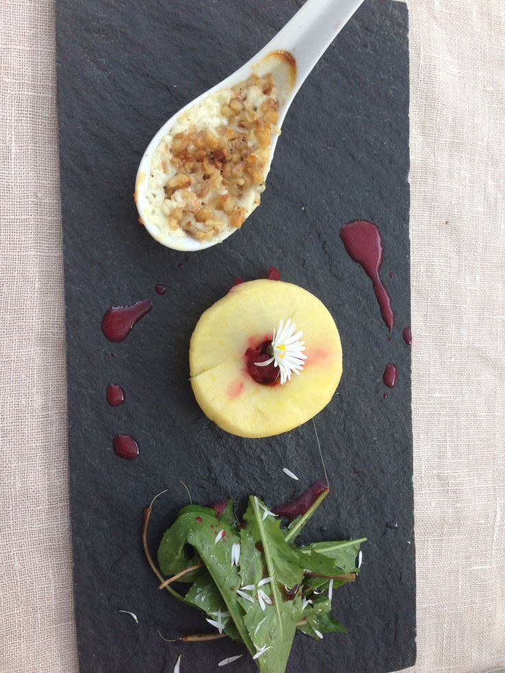 Entry: Apple filled with grated beetroot, goat cheese baked with caramelised nuts and sald :)
