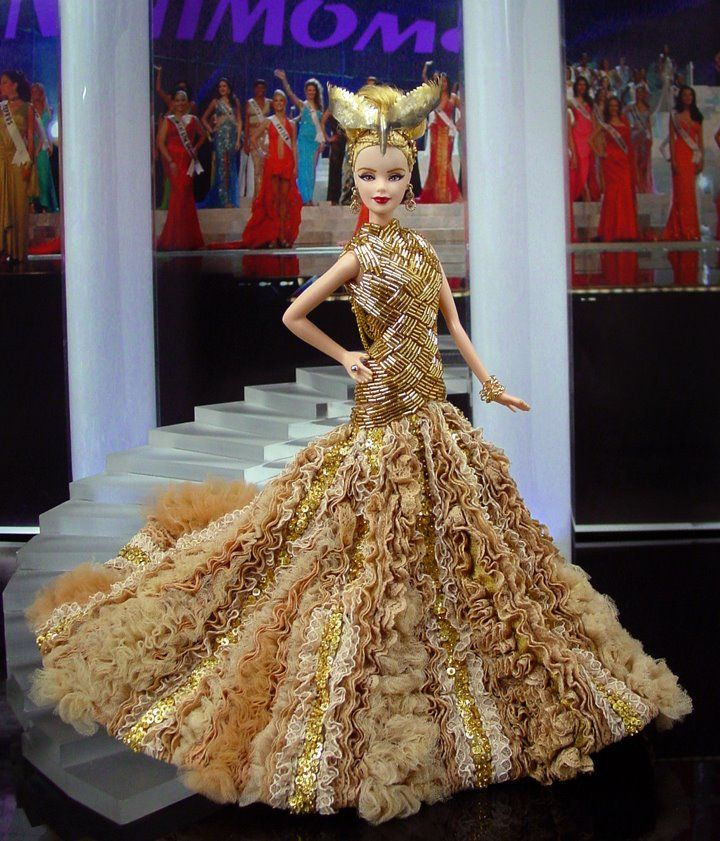 Miss Fashionable Doll Clothes