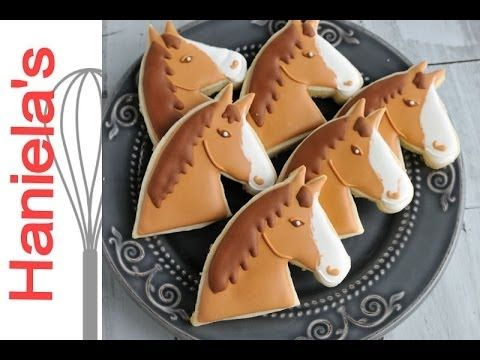How to Decorate Horse Head Cookies with Royal Icing