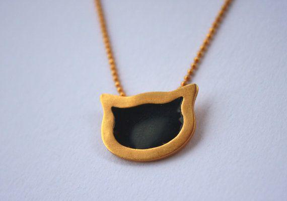 Enamel pendant / cat / gold plated on Etsy, 22,00€