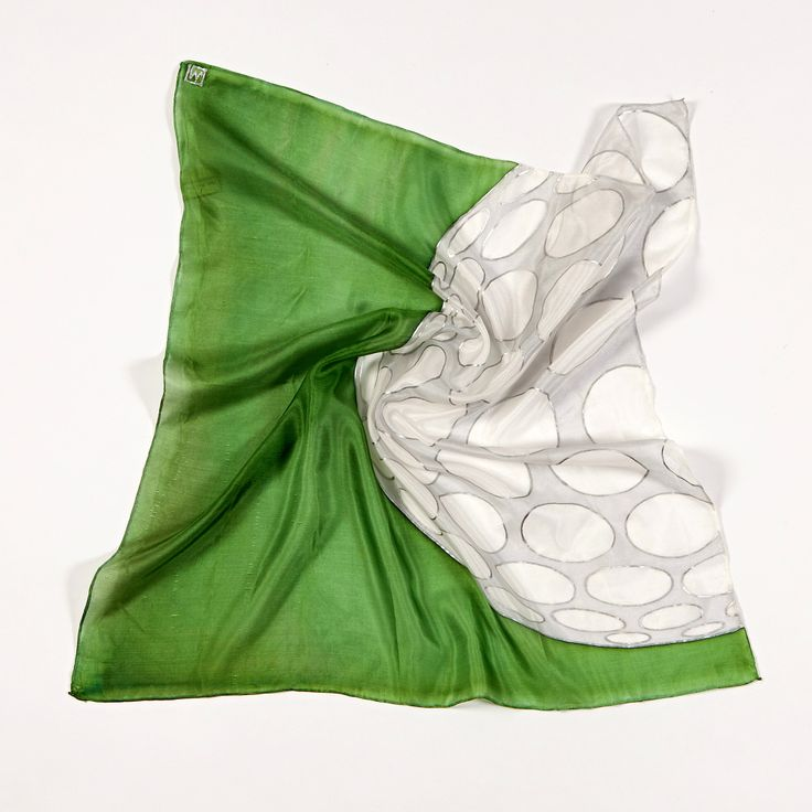 Play GOLF! Hand painted silk scarf with golf theme. Buy it on: www.birdiecountry.com
