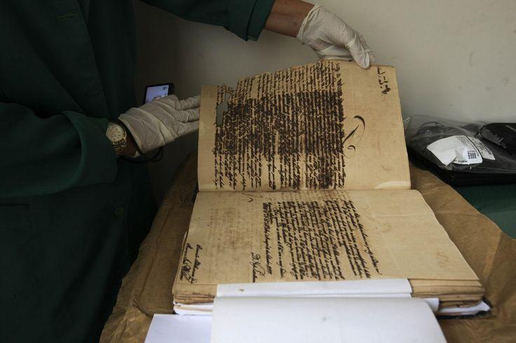 O documento mais antigo no local é datado de 1649 e mostra as demandas administrativas do capitão-geral de Belém para o rei de Portugal (Foto: Agência Pará)