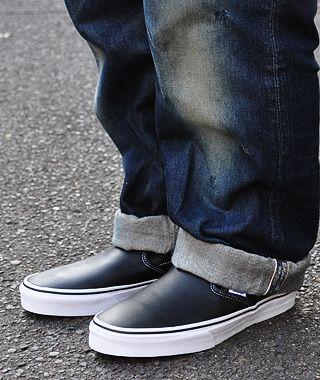 Τα must των slip on παπουτσιών