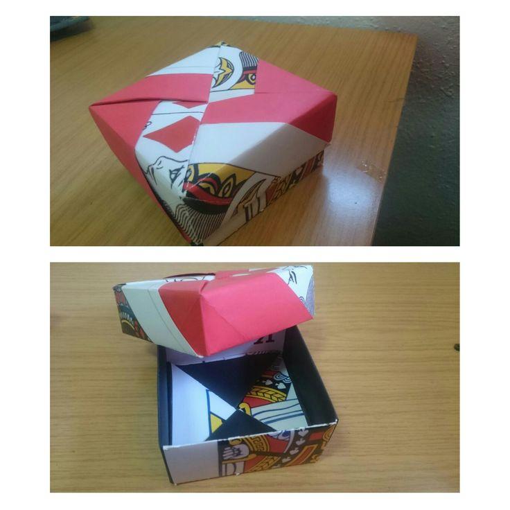 caja hecha contécnica origami.