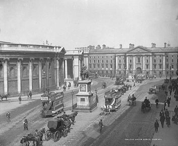 The front entrance of Trinity College as viewed from Dame Street in the late 19th century. Trinity College was still the most significant university in Ireland in 1911. #Irish #History