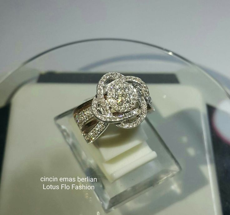 New Arrival🗼. Cincin Emas Berlian Lotus Flo Fashion💍.   🏪Toko Perhiasan Emas Berlian-Ammad 📲+6282113309088/5C50359F Cp.Antrika👩.  https://m.facebook.com/home.php #investasi#diomond#gold#beauty#fashion#elegant#musthave#tokoperhiasanemasberlian