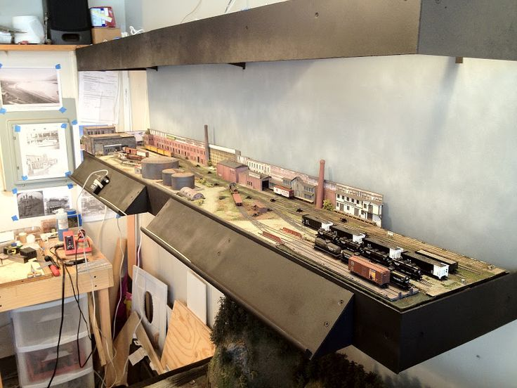 Model railroad shelf track plans google search model trains pinterest models model - Ho scale layouts for small spaces concept ...