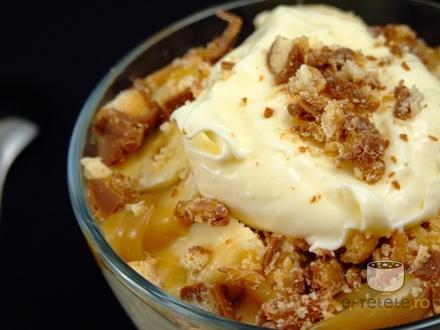 Desert rapid cu banane si crema de vanilie