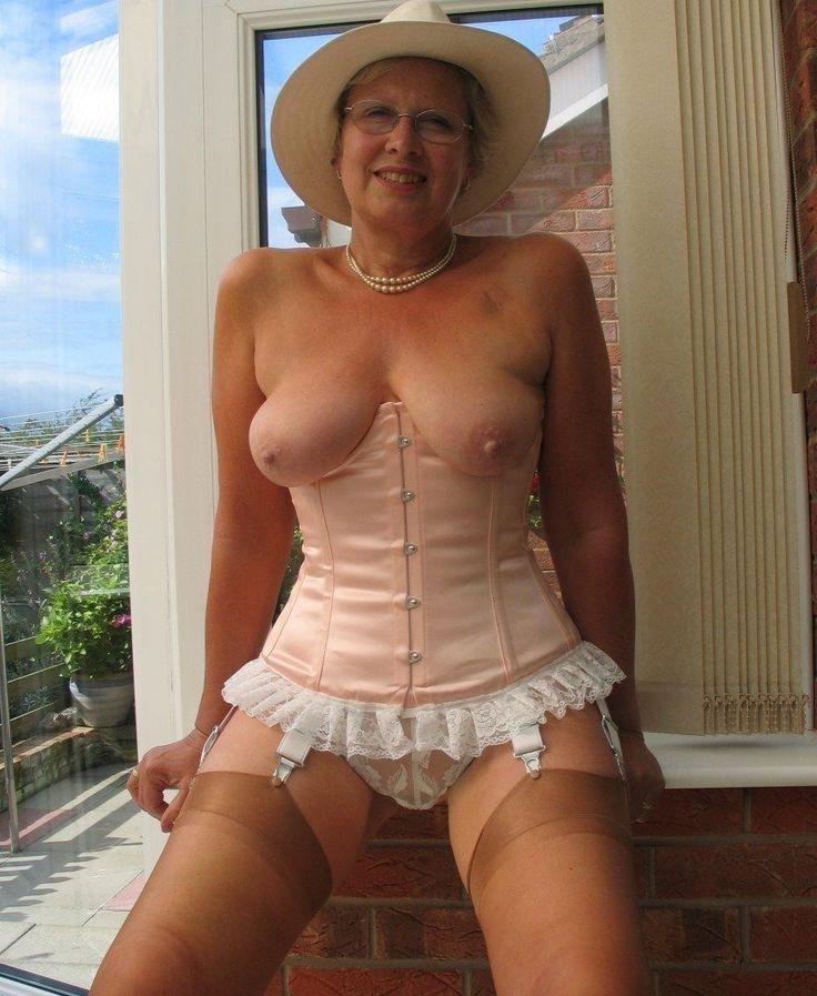 piercing i klitten janne formoe naken