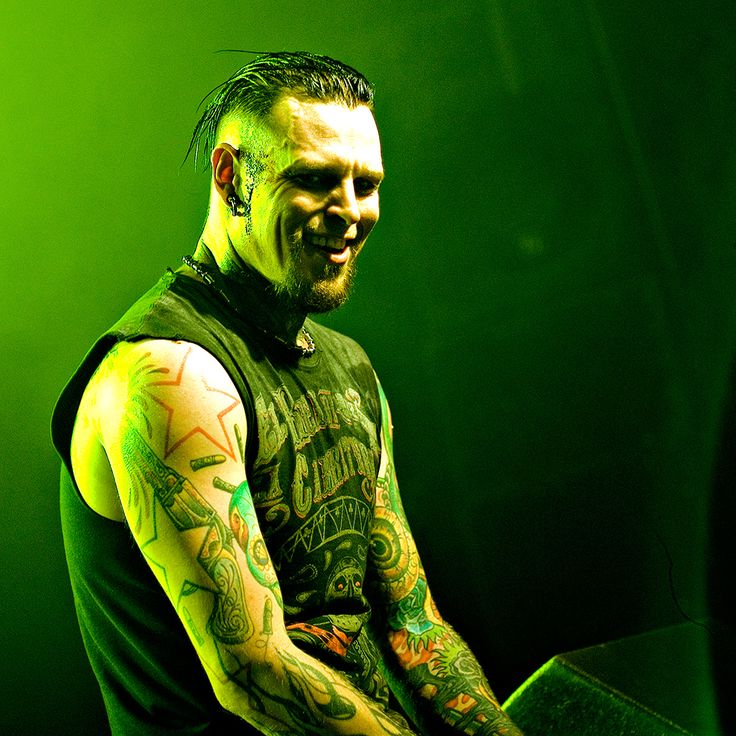 https://flic.kr/p/b5if7V   Combichrist @ New Years Eve, Reithalle Dresden 2011/2012
