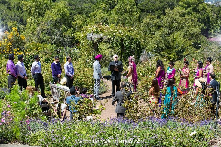 The Garden Of Old Roses At The UC Botanical Garden In Berkeley California  Is A Charming Wedding Venue With Magnificent Views Of The Golden Gate Briu2026