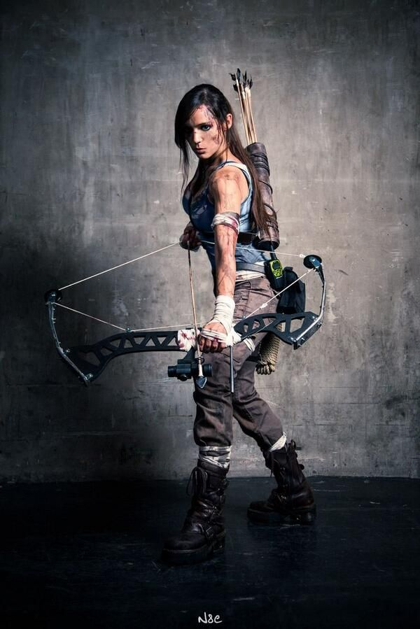 (Ooooh, I think I could do that for Halloween) Lara Croft (tomb raider 2013) Cosplay