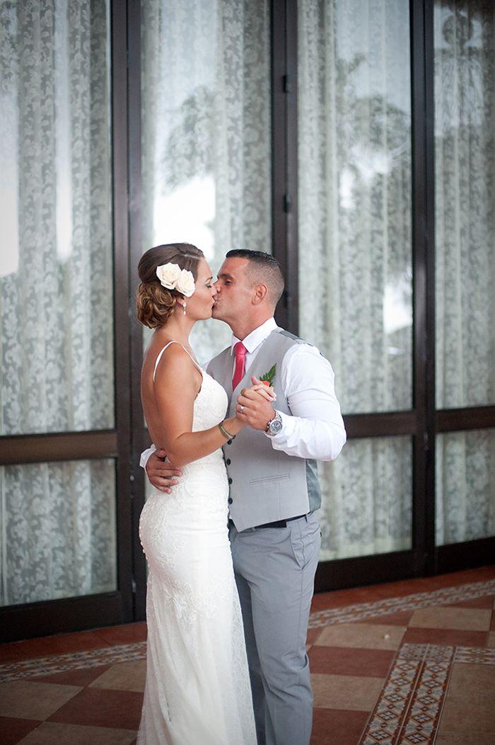 Cancun Wedding Photographer | As an alternative, wedding ceremony can also be done in the hotel terrace of RIU Palace Las Americas | Riu Cancun Wedding photography, beach wedding, Mexico destination, riviera maya, playa del carmen, luxury