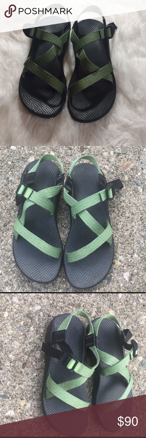 WOMEN'S Chaco Z/1 SANDAL EUC Size W9 WOMEN'S Chaco Z/1 SANDAL EUC Size W9 The ultimate performance sandal, custom built to your specifications.  UPPER: Polyester jacquard webbing upper wraps around the foot and through the midsole for a customized fit Adj