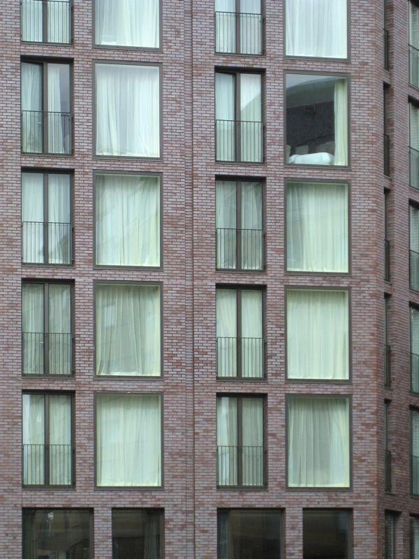 maccreanor lavington - hotel facade