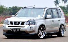 Modifikasi Nissan X Trail 2.0 Silver