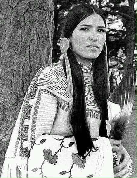 Sacheen Littlefeather, Native American actress and activist (1973)