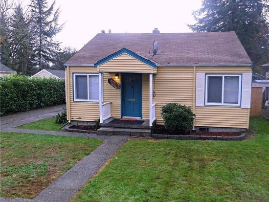 This is an800 Sq. Ft. Little Cottage For Sale in Olympia, WA. The home offers two bedrooms and one bathroom with original oak hardwood floors. When you go inside, you'll find a kitchen, livi…