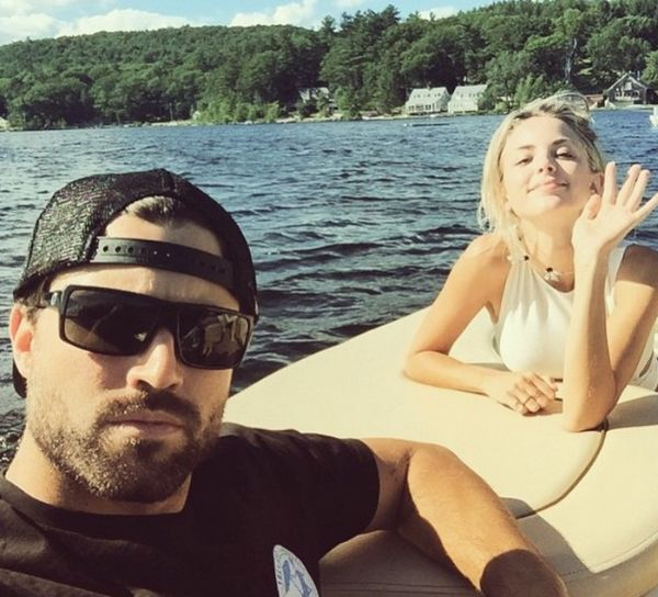Is Rob Gronkowski S Rumored Girlfriend Making Moves On