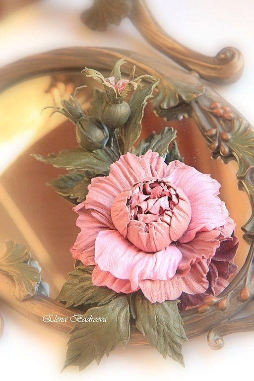 """Экспресс-МК Работа №1: Авторская брошь из кожи """"Роза с бутонами"""" - Ярмарка Мастеров - ручная работа, handmade"""