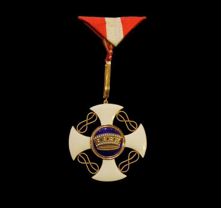 """Μετάλλιο του Ιππότη """"Order of the Crown"""". Χρυσός, σμάλτο, μετάξι. 20ός αι."""