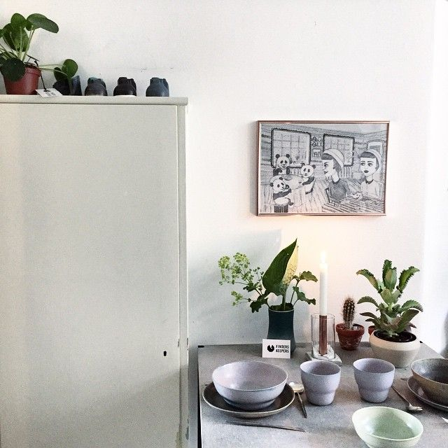 One more from @finderskeepersdk Apartment No 9. The design popup shop in a beautiful home, has been prolonged two weeks. Do go if you are in Copenhagen. Ceramic bowl with plant by Julie Damhus