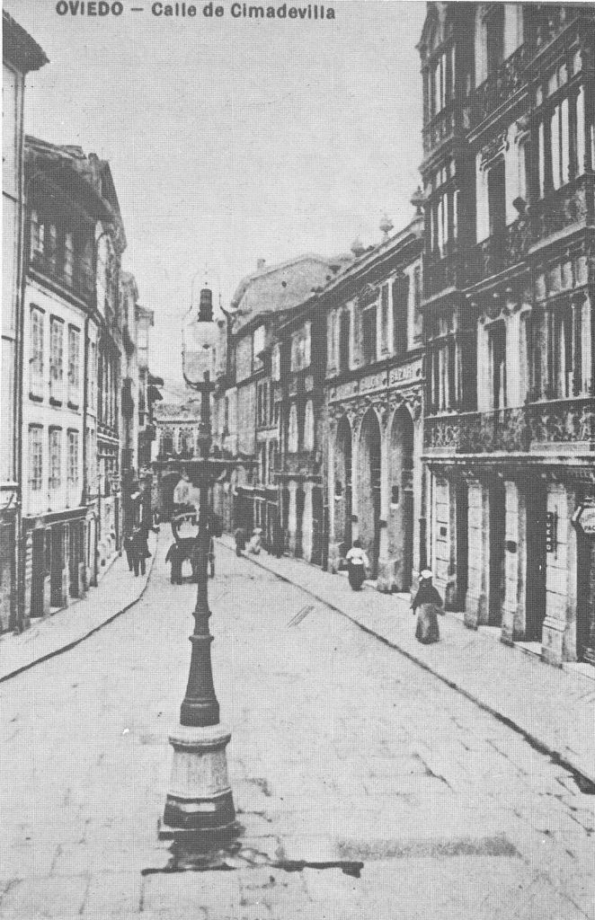 Calle Cimadevilla. Oviedo 1920