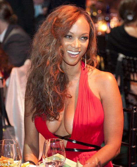 Tyra Banks On The Runway: 377 Best Images About Tyra Banks On Pinterest