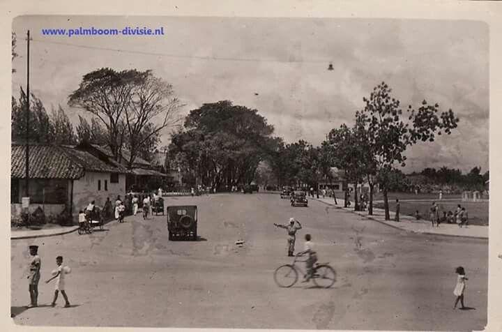 Polisi bertugas , jl Merdeka, Palembang