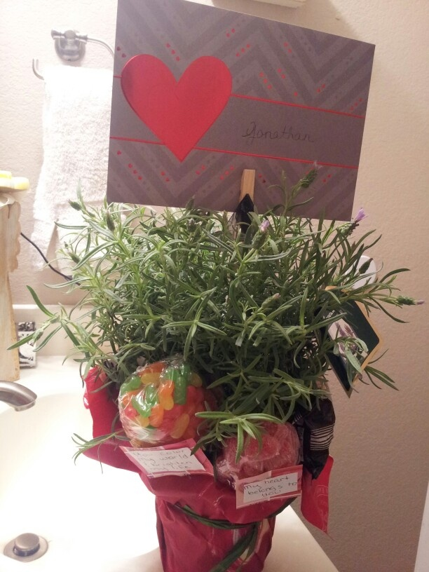 meaningful valentine's day gifts for girlfriend