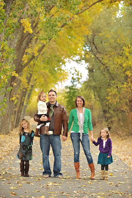 Love the trees! ♥ family photo pose,  Go To www.likegossip.com to get more Gossip News!