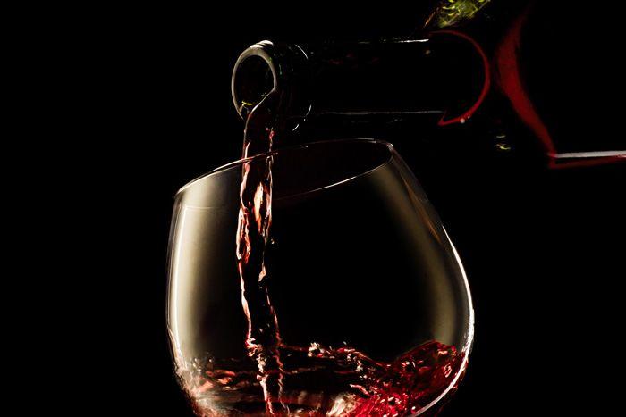 seguros negocios, seguros de bodegas, seguros de viñedos, seguros de discotecas, seguros de vinos, seguros de maquinaria, 680755815 o https://www.facebook.com/allianz.seguros.agencia.intueri/