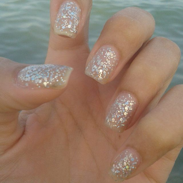 Seaside nails for a quick seaside trip