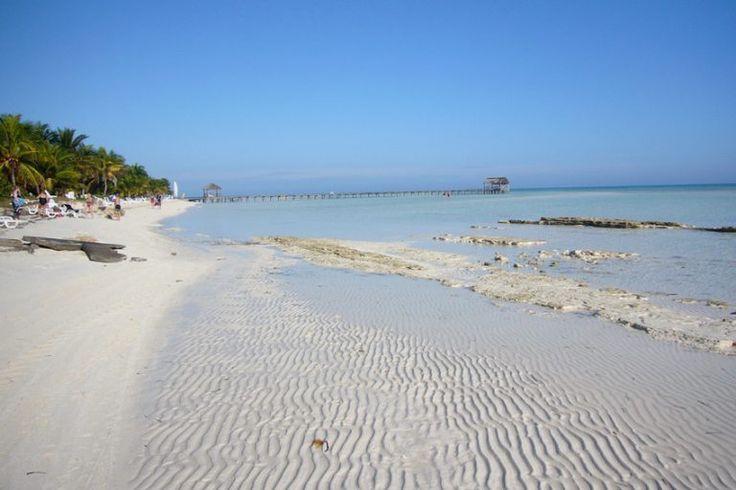 Playa Santa Lucia. 20 kilómetros de paraíso playero, y sobretodo natural, ya que es uno de los acuarios más grandes en Cuba.