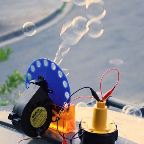 Instructions for making your own bubble machine, from almost any material! An easy and fun first electronics project.