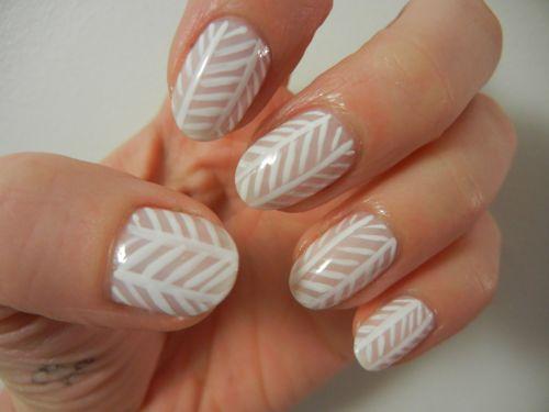 Herringbone nails: Nails Art Ideas, Patterns Nails, Cute Nails, Nails Design, Fun Nails, Nails Patterns, Herringbone Nails, Nice Nails, Chevron Nails