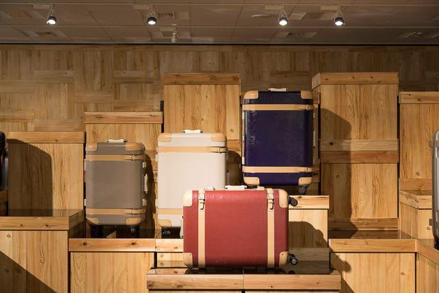 スーツケースは「プロテカ」がおすすめ|お洒落なデザインで差をつけよう!