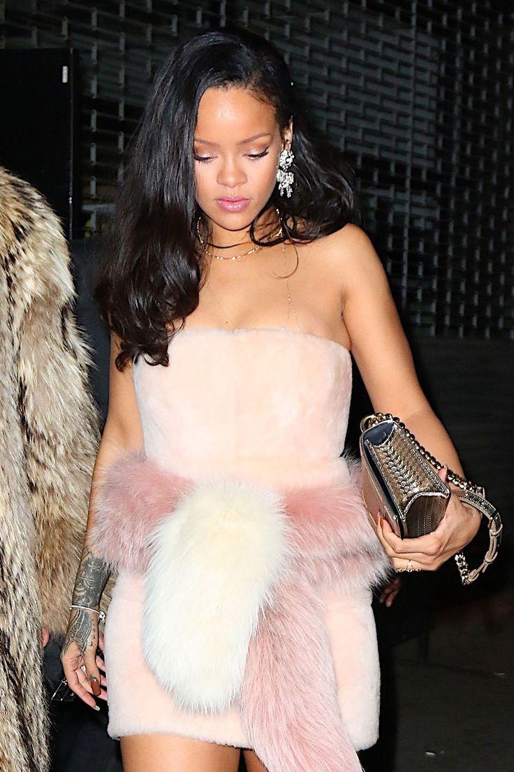 WHO: Rihanna  WHERE:  On the street, New York City  WHEN: January 1, 2016