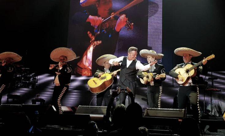 Asistentes Al Concierto De Luis Miguel Se Llevaron Tremendo Susto Cuando Se Detuvo El Show
