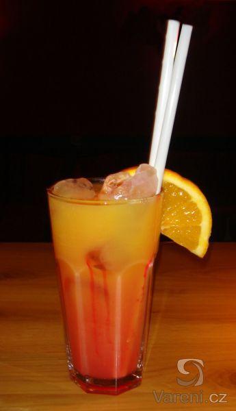 Recept na pomerančový džus připravený podomácku.