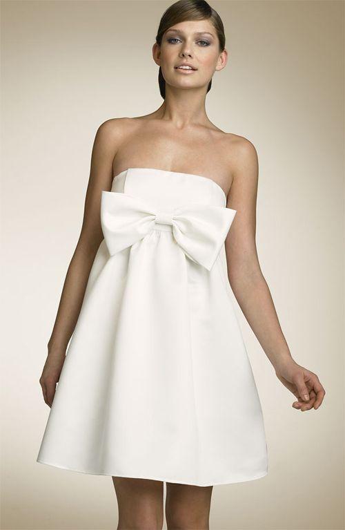 plain 7 Plain white dress to be dynamic style
