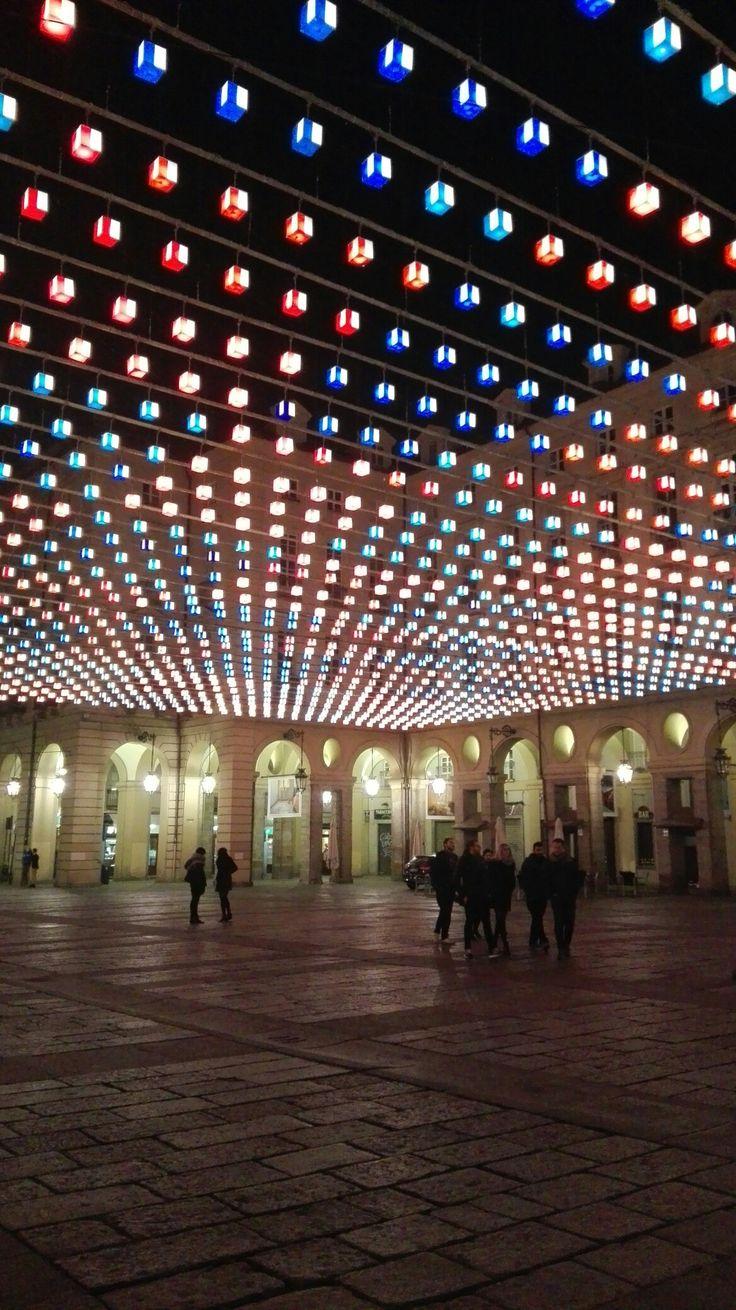 Luci d'artista. Piazza Palazzo di Città. Torno