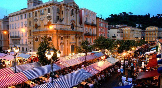#france #франция #nice #nizza #ницца #чтопосмотреть #чтопосетить #достопримечательности #рынки #цветочныйрынок #courssaleya Цветочный рынок Cours Saleya в Ницце. Основные достопримечательности Ниццы. Карта прогулок.    Oh!France: поездка во Францию