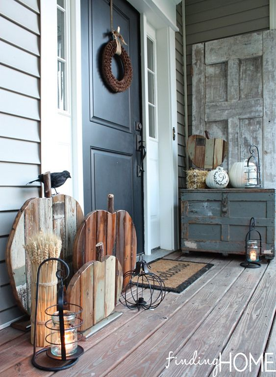 Fall Front Porch- love the rustic pumpkins!