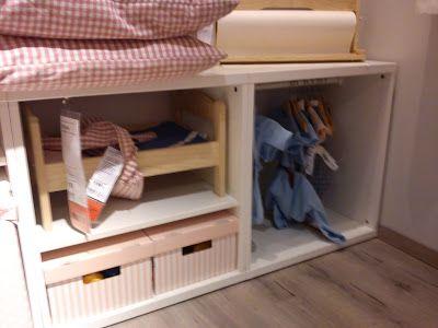 l'armadio nascosto delle bambole ;)